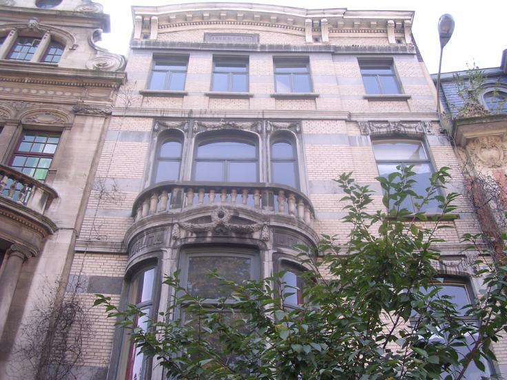 LOUÉ – Appartement de caractère – 95m² – Schaerbeek
